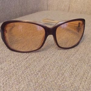 Women's Oakley brown sunglasses